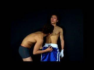 Muscular unsafer sex asiatisch fick