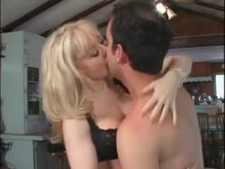 Eu dragoste nina hartley