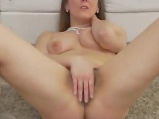 Posh rijpere mam met harig poesje en groot bips: gratis porno bf
