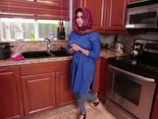 Arab 褐发女郎 青少年 ada gets filled