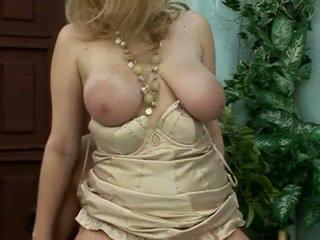 blondes, fun big boobs thumbnail, milfs scene