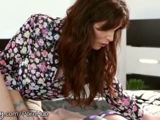 Girlsway sasha herz hate fucks sie step-mommy - porno video 611