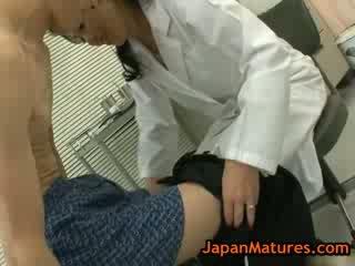 Čudovito zreli natsumi kitahara does