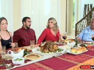 Ibu bang remaja - nakal keluarga thanksgiving <span class=duration>- 10 min</span>