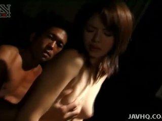Wild Akane Kuramochi fucked in the dark!