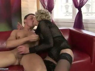 Old Blonde Appreciates Huge Sex