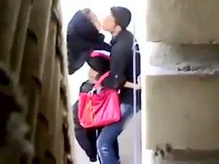 Arab seksas prigautas apie camera