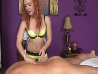 Masseuse in her hot lingerie sucks cock for her client