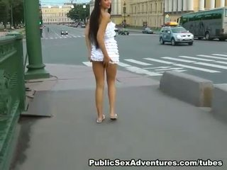 Risky publiek restroom amateur seks