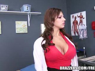 बड़ा, स्तन, लूट