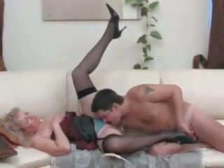 Maminoma 189: volný zralý porno video a4