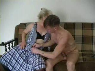 सेक्सी ग्रॅनड्मा lena और alex