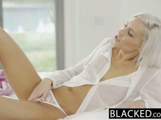 Blacked preppy blondine vriendin kacey jordan cheats met bbc