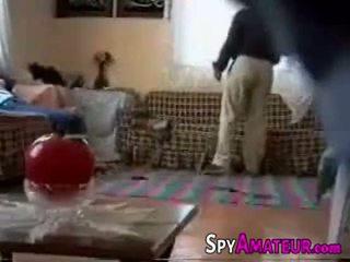 Arabic mergaitė pakliuvom sunkus iki kaimynas