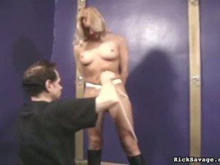 Viņa pinned being rope tied