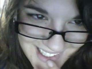 18yo debelušne najstnice getting potrebni chatting v kamera