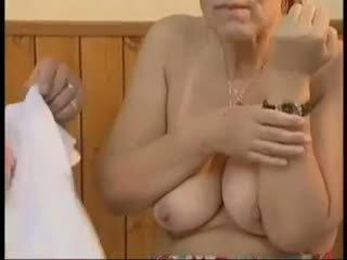 grannies, senas + young, veido