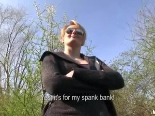 Tšehhi tüdruk meggie seks sisse avalik jaoks raha