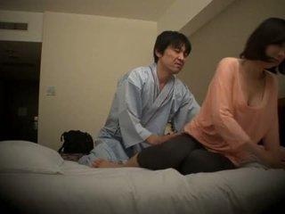 Subtitled giapponese hotel massaggio orale sesso nanpa in hd <span class=duration>- 5 min</span>