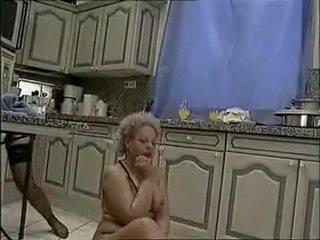 Piss;fisting แม่บ้าน