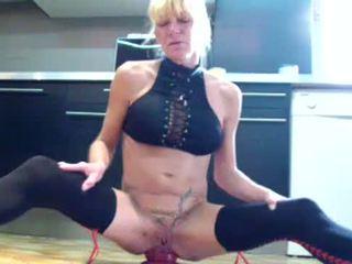 Annabelle Dangel Extrem giant dildo in huge ass.MP4
