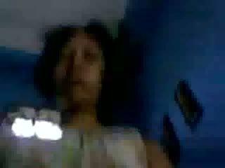 Indonezietiškas mergaitė - sofiana