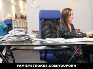 Familystrokes - हिस्सा समय कदम बेटी becomes full-time स्लट
