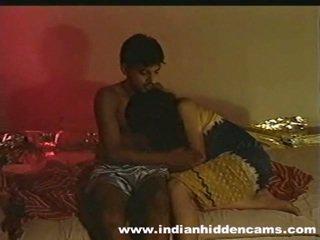 Sposato indiano pair fatto in casa making amore privacy invaded da hiddencam