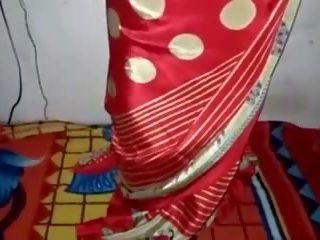 Сатен коприна saree прислужница, безплатно индийски порно видео 33