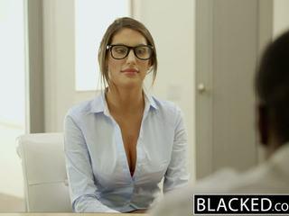 Blacked august ames gets an בין גזעי עוגית