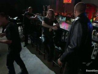 Melody jordan has gangbanged sisään the biker bar