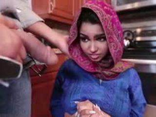 I eksituar brune arab adoleshent ada gets filled