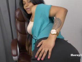 Slutty tamil sekretāre shows no viņai skills līdz viņai boss uz tamil