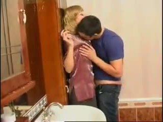 Niet mam en zoon: gratis russisch porno video- f0