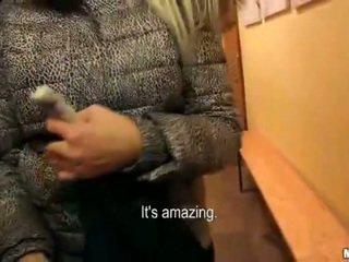 Groß brüste eurobabe karol railed für bargeld
