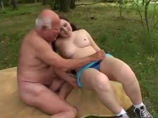 bộ ngực to, big butts, tuổi trẻ +