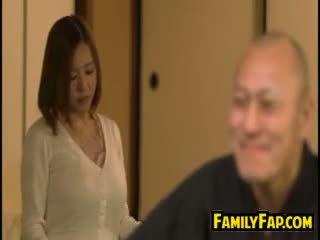 Възбуден съпруга loves стъпка баща