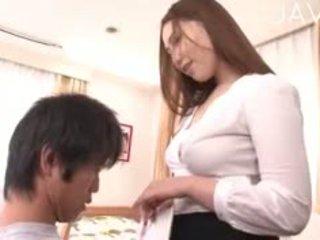 ญี่ปุ่น, สาวใหญ่, ระบำเปลื่องผ้า