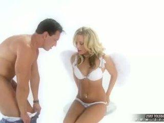 सेक्स वीडियो नॉटी गर्ल viva takes एक डीप फक्किंग