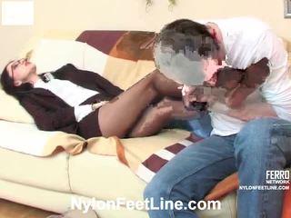 Judith 和 john 丝袜 footsex 视频 行动 行动