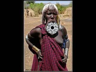 Nigerian 자연의 아프리카의 소녀