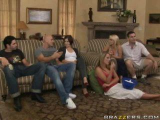 Bezmaksas kails starp ģimene porno video